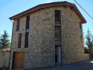 façana_finestre